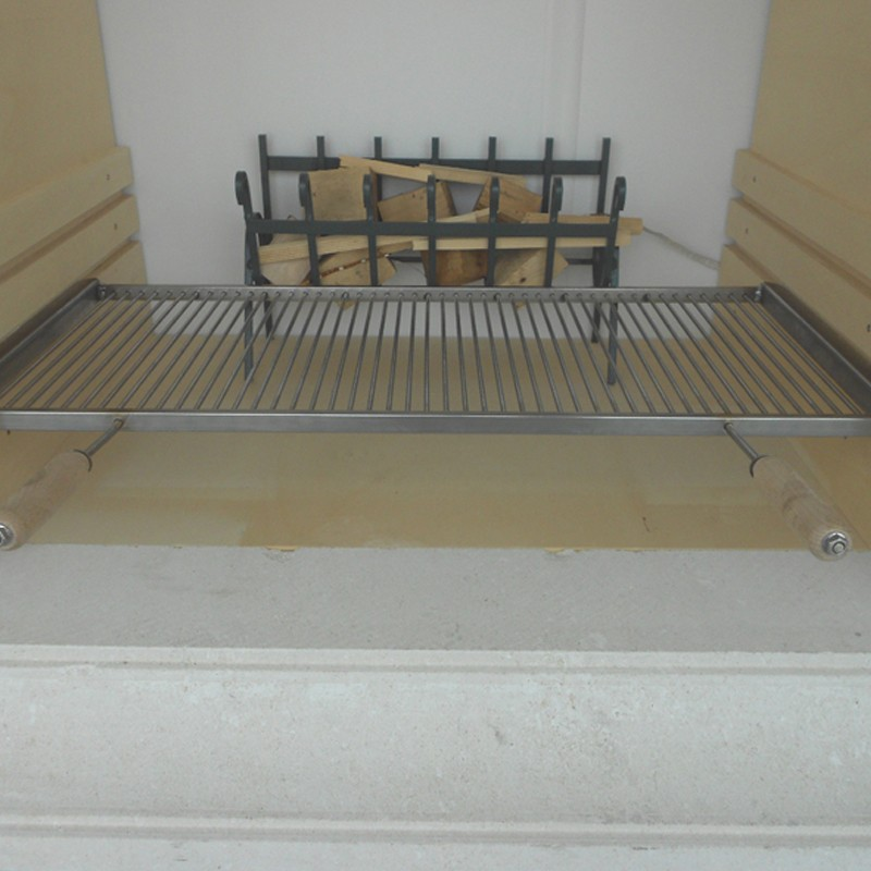 Griglie in tondino con misure personalizzate con guide di sollevamento per caminetti in muratura